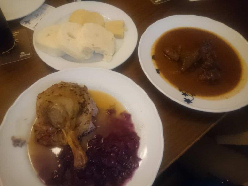 Maten på Lokál i Prag
