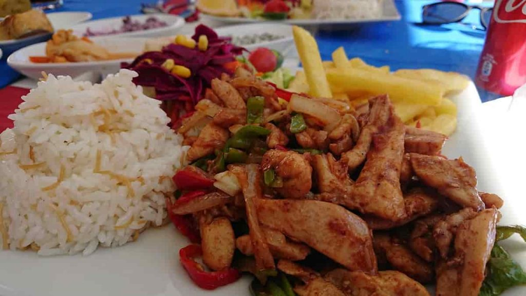 Vår Lunch i Pamukkale - BBQ kyckling