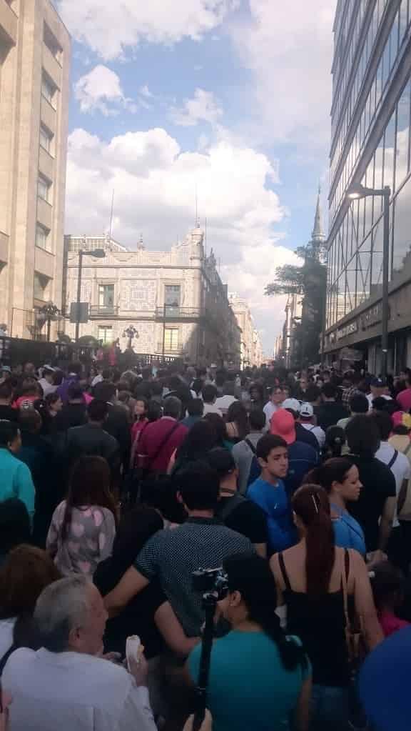 Trängsel på gågatan Madero i centrala Mexico City