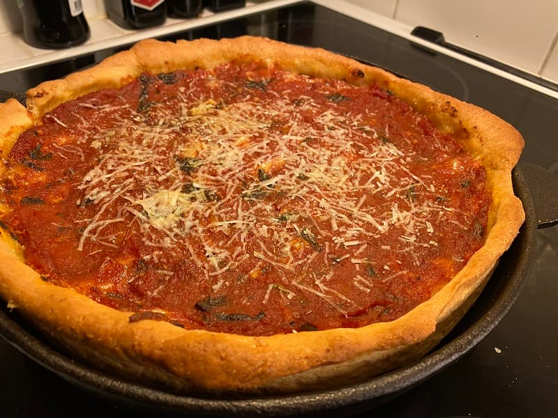 Chicago Style Deep Dish Pizza - Hemmagjord