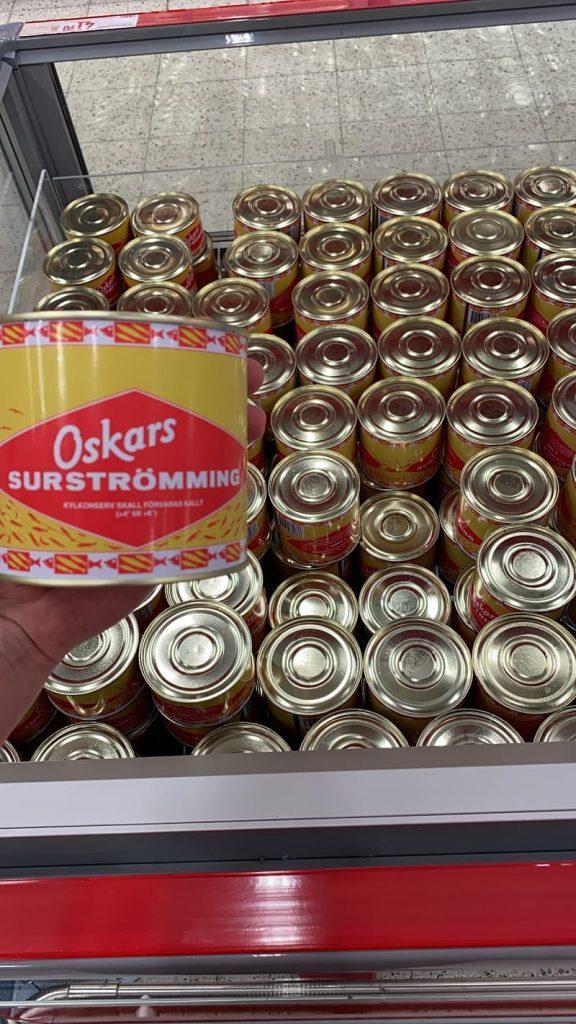 Surströmming i butik (kylförvarad)